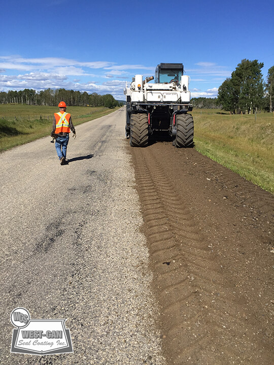 Custom Pulverizing Surface Mixing West Can Seal