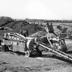 Seeley and Arnills First Crushing Spread 1947